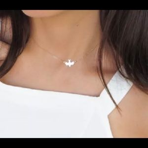 SIMPLE MINIMALIST SILVER DOVE PEACE NECKLACE